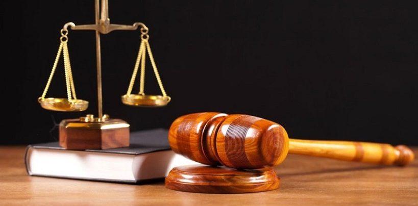Justice. Pour la suspension des délais de paiement et de recours