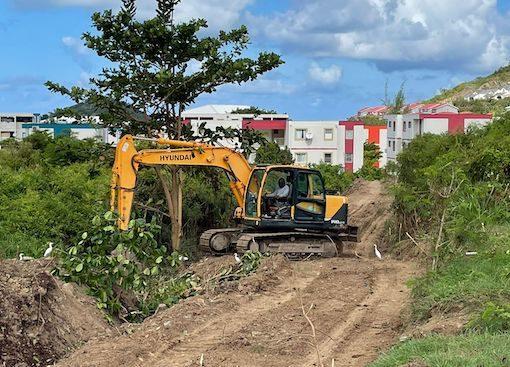 Saint-Martin se prépare à accueillir l'ouragan Sam