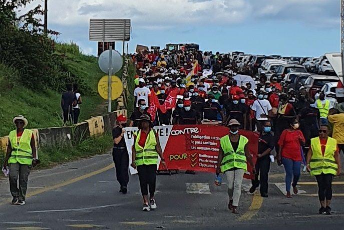 Anti-pass sanitaire. Mobilisation aux Abymes